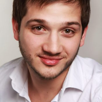 Дмитрий Енин